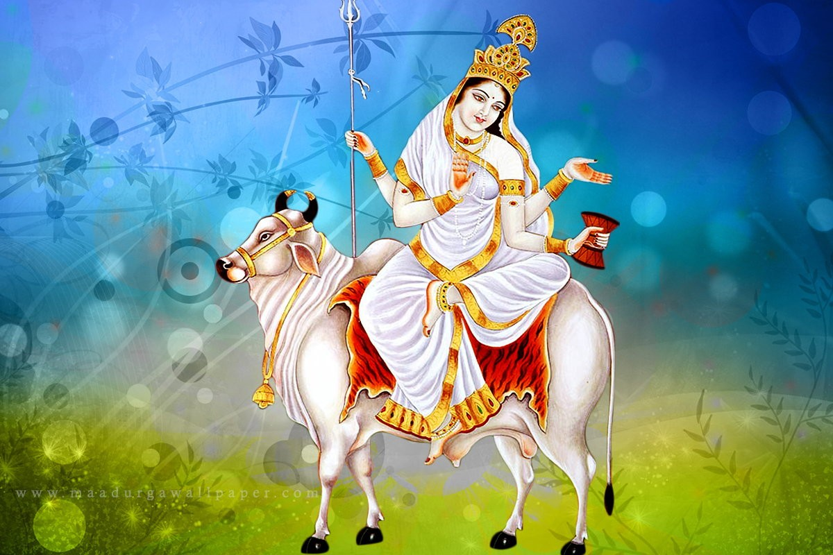 1st day Worshipping of Goddess Shailputri During Navratri